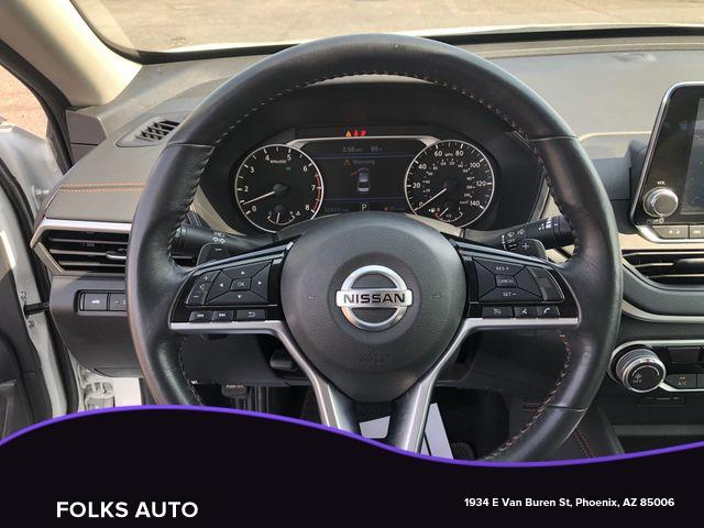Nissan Altima 2019 price $15,995