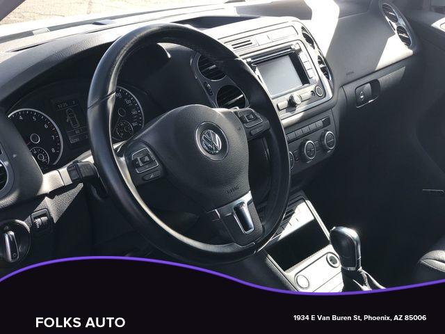 Volkswagen Tiguan 2014 price $11,595