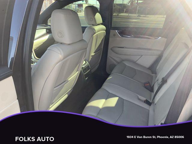 Cadillac XT5 2017 price $16,995