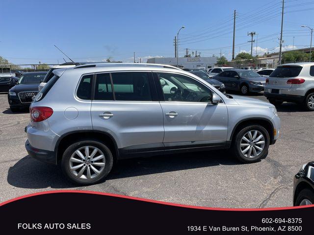 Volkswagen Tiguan 2011 price $7,595