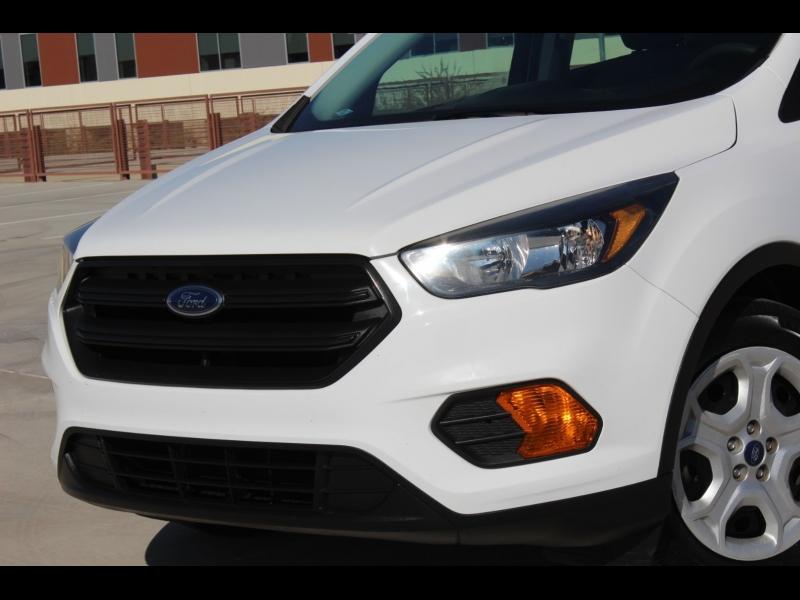 Ford Escape 2018 price $10,988