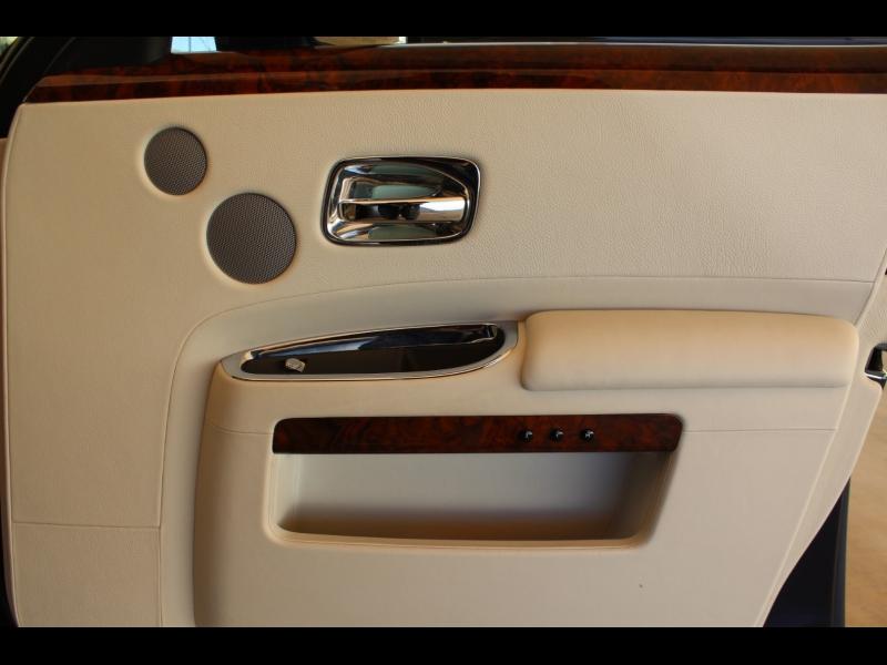 Rolls-Royce Ghost 2013 price $124,988