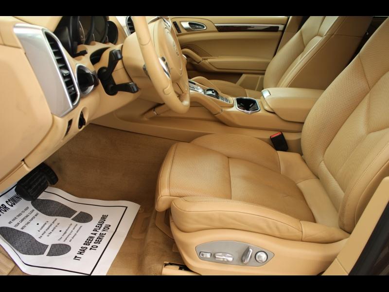 Porsche Cayenne 2013 price $24,988