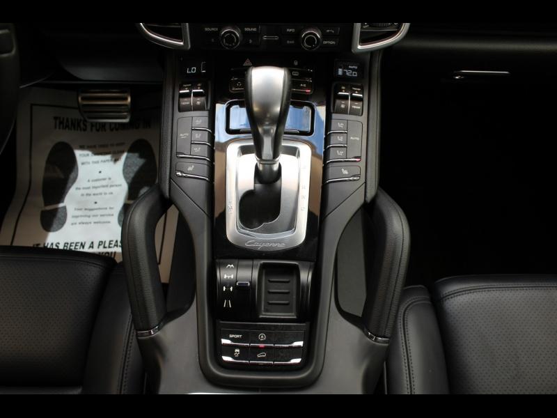 Porsche Cayenne 2012 price $29,988