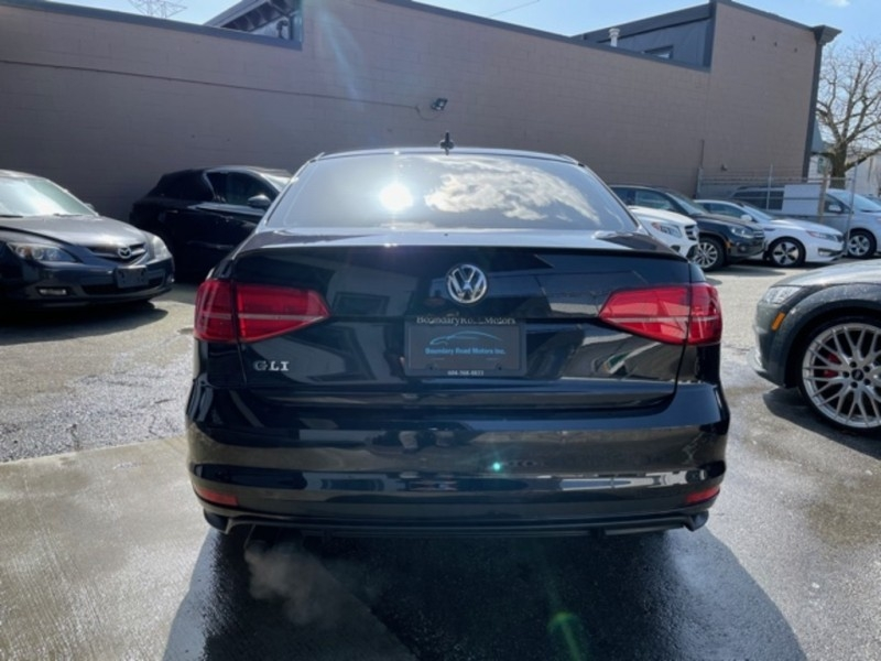 Volkswagen Jetta Sedan 2017 price $21,900
