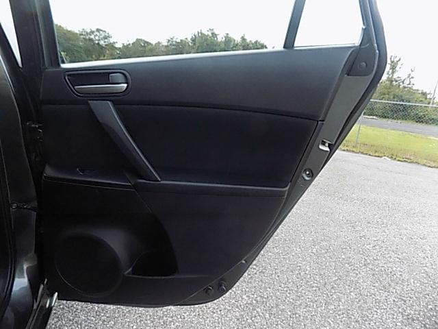 Mazda 3 2013 price $7,995