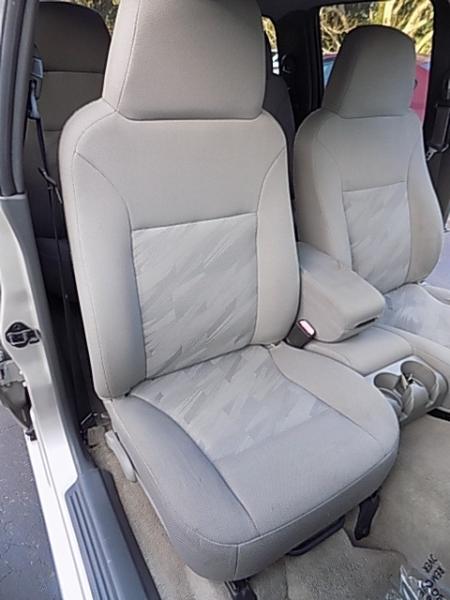 Chevrolet Colorado 2005 price $9,500