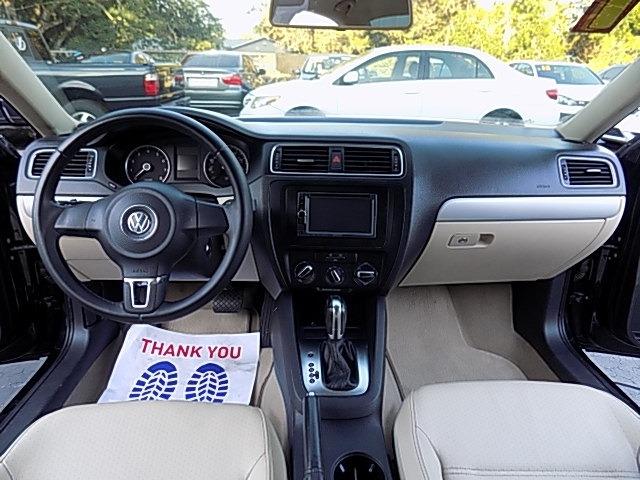 Volkswagen Jetta 2013 price $8,500