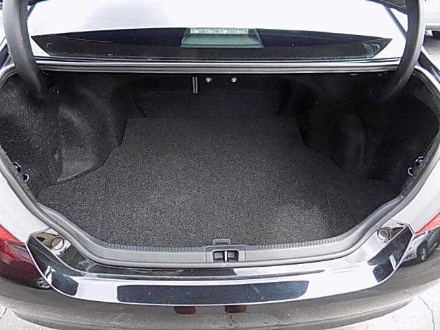 Toyota Camry 2016 price $18,300