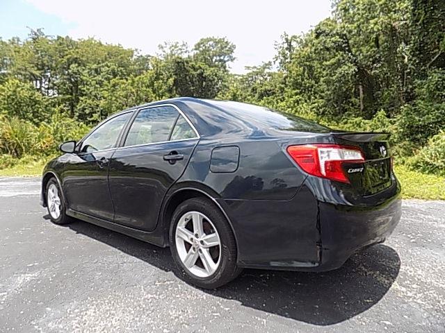 Toyota Camry 2014 price $11,500