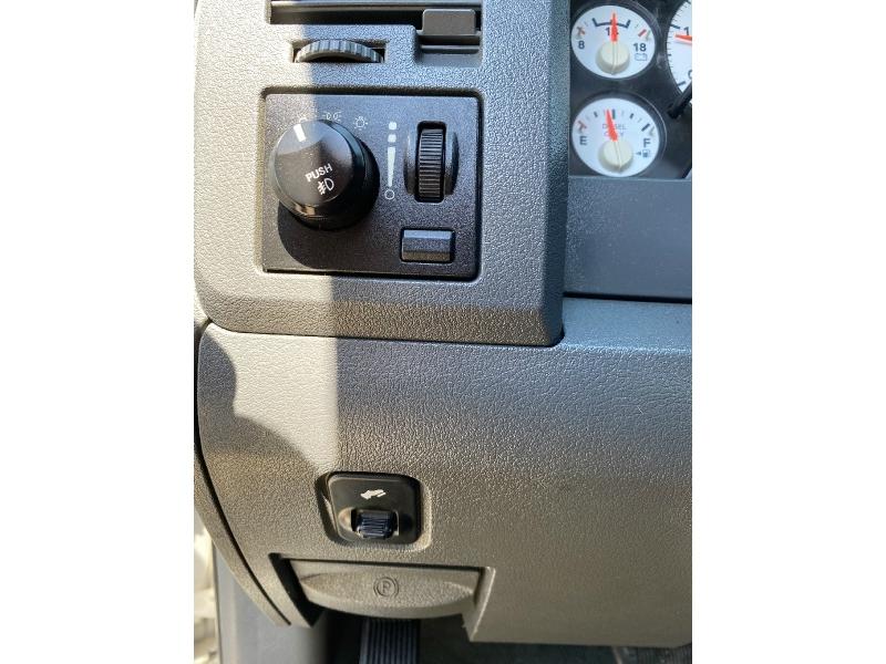 Dodge Ram 3500 2006 price $14,995