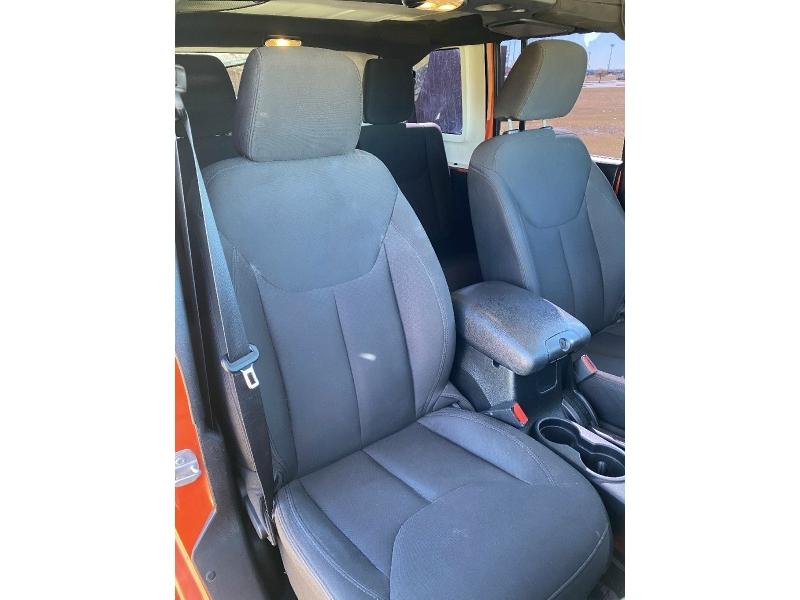 Jeep Wrangler Unlimited 2015 price $19,995