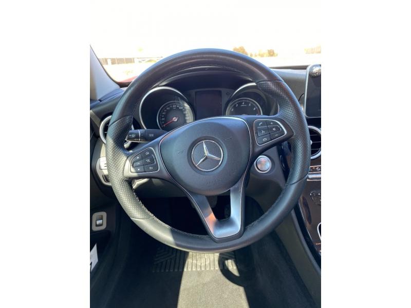 Mercedes-Benz C-Class 2015 price $17,500