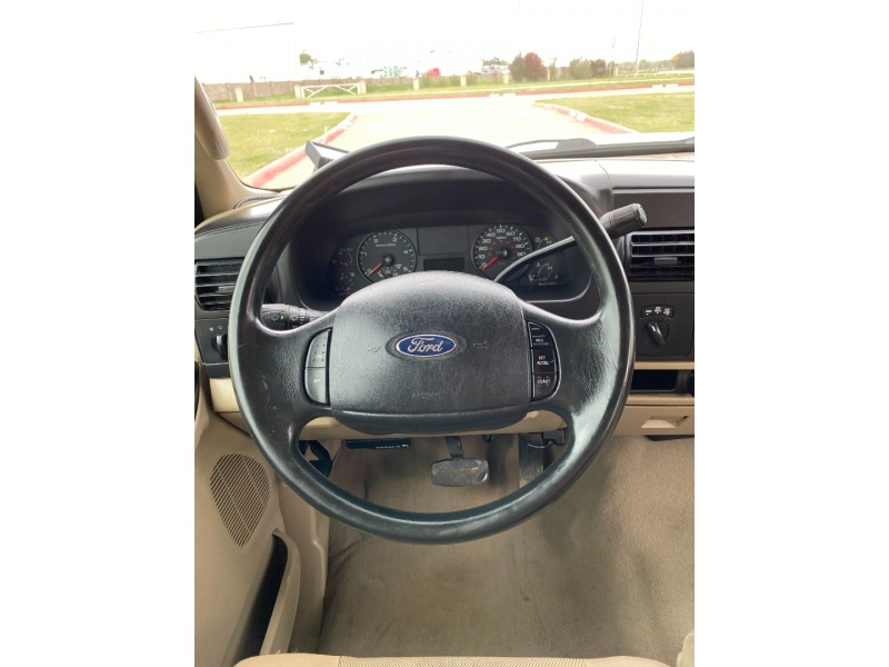 Ford Super Duty F-250 2006 price $11,995
