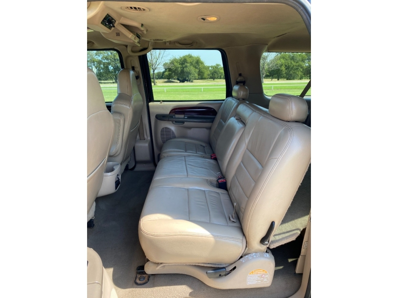 Ford Excursion 2004 price $10,995