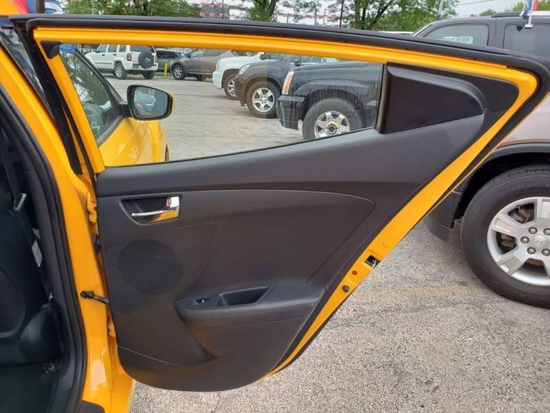 Hyundai Veloster 2012 price $1,000