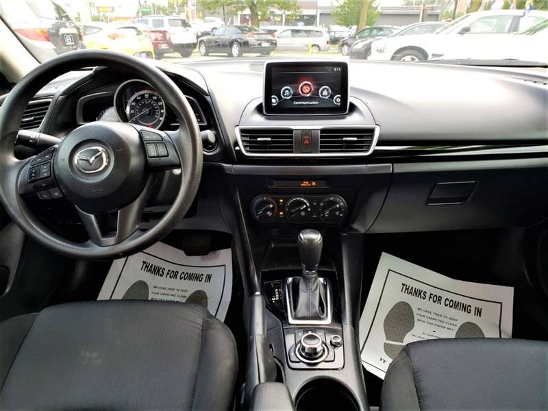 Mazda MAZDA3 2016 price $1,000