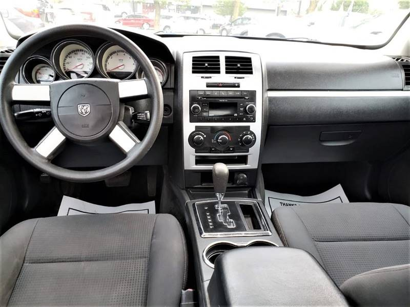 Dodge Charger 2010 price $1,500