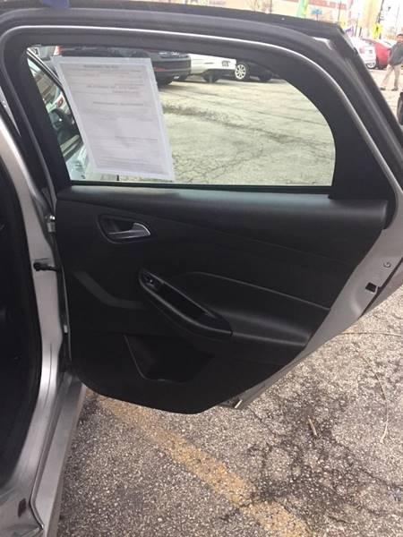 Ford Focus 2015 price $1,200