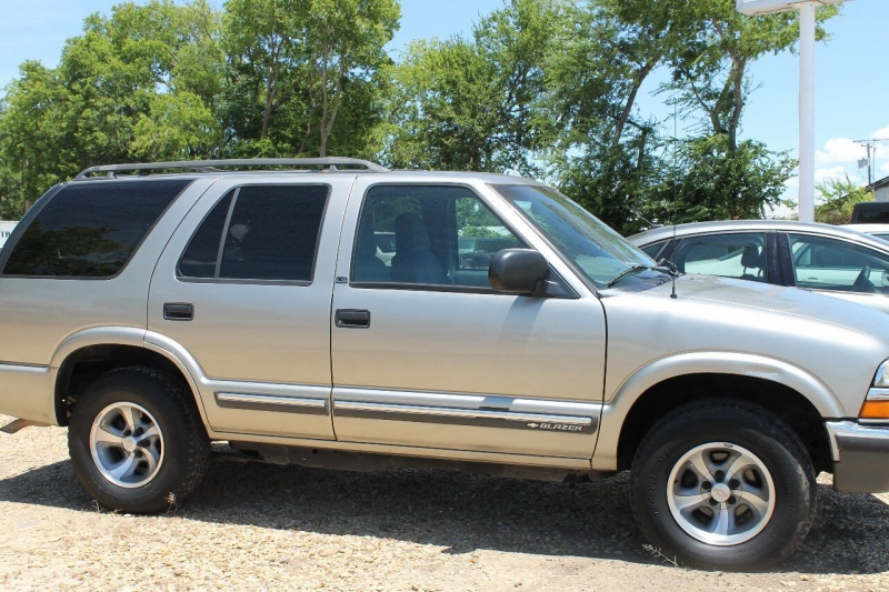 Chevrolet Blazer 2000 price $5,995