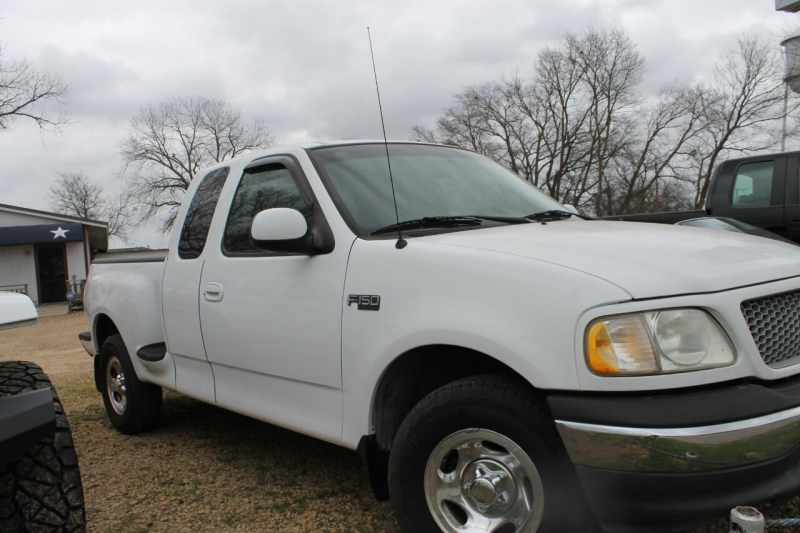 Ford F-150 1999 price $8,995