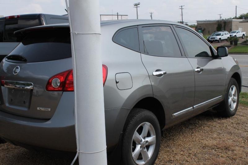 Nissan Rogue 2013 price $12,995