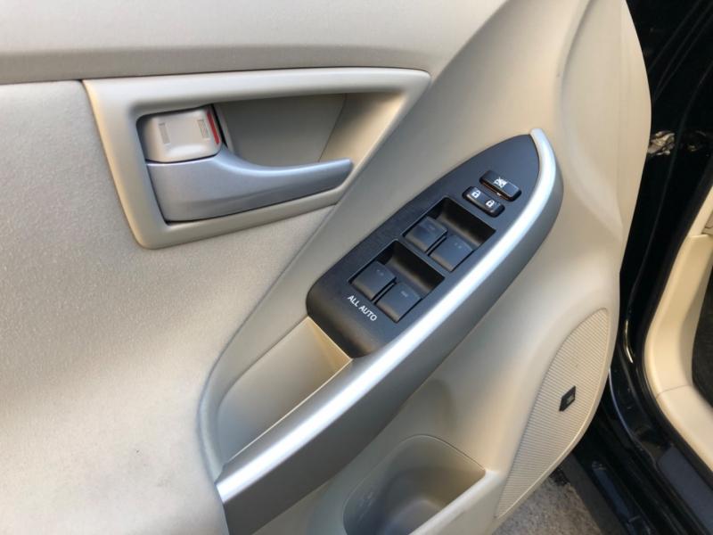 Toyota Prius 2011 price $7,500