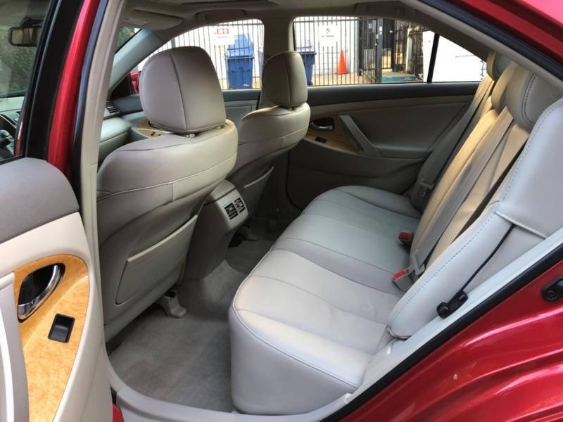 Toyota Camry 2007 price $11,495