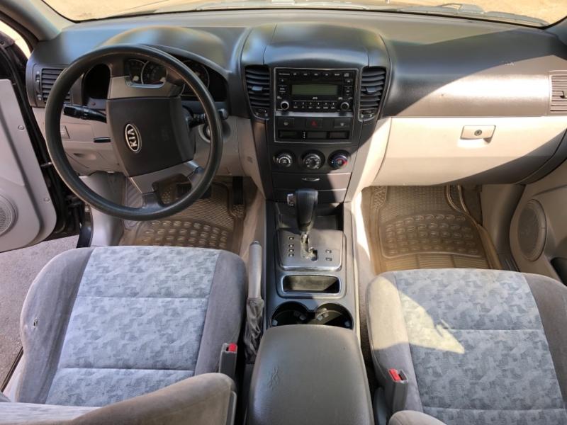 Kia Sorento 2007 price $4,300