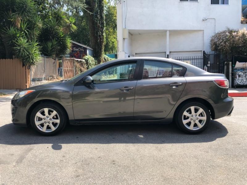 Mazda Mazda3 2010 price $5,500