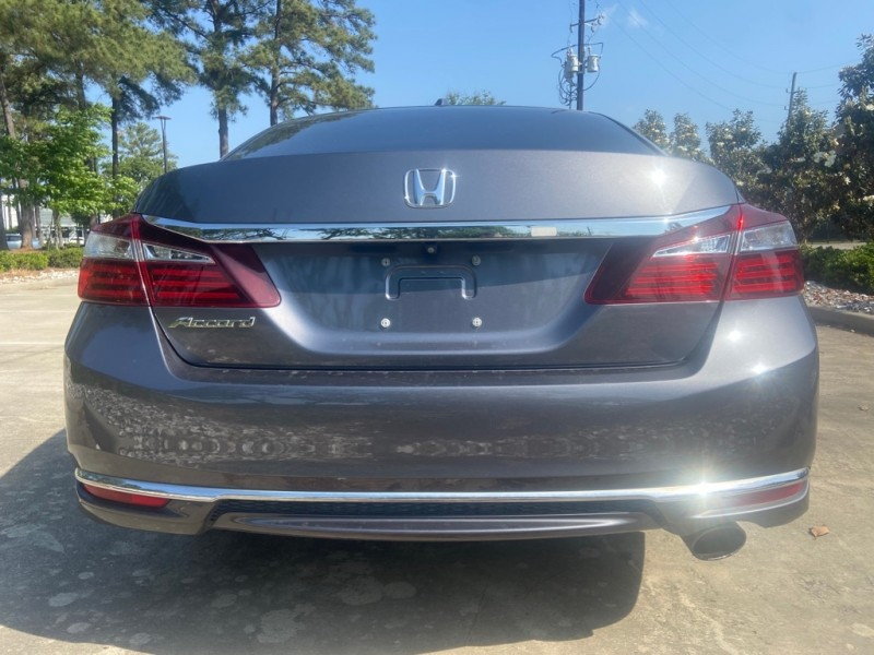 Honda Accord Sedan 2016 price $15,995