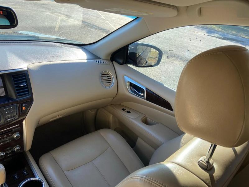 Nissan Pathfinder 2014 price $13,995
