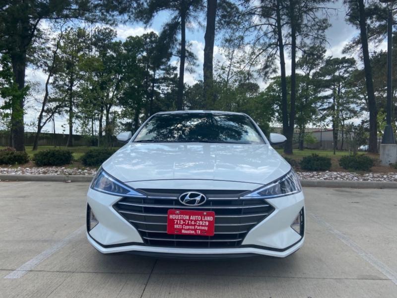 Hyundai Elantra 2020 price $15,995