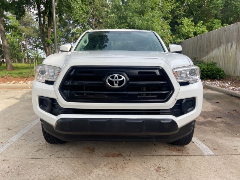 Toyota Tacoma 2017 price $22,995