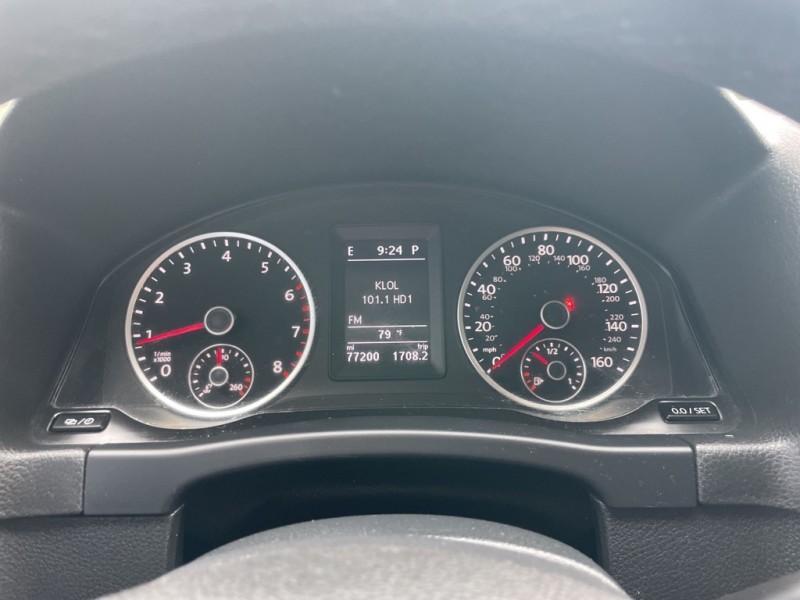 Volkswagen Tiguan 2015 price $13,995