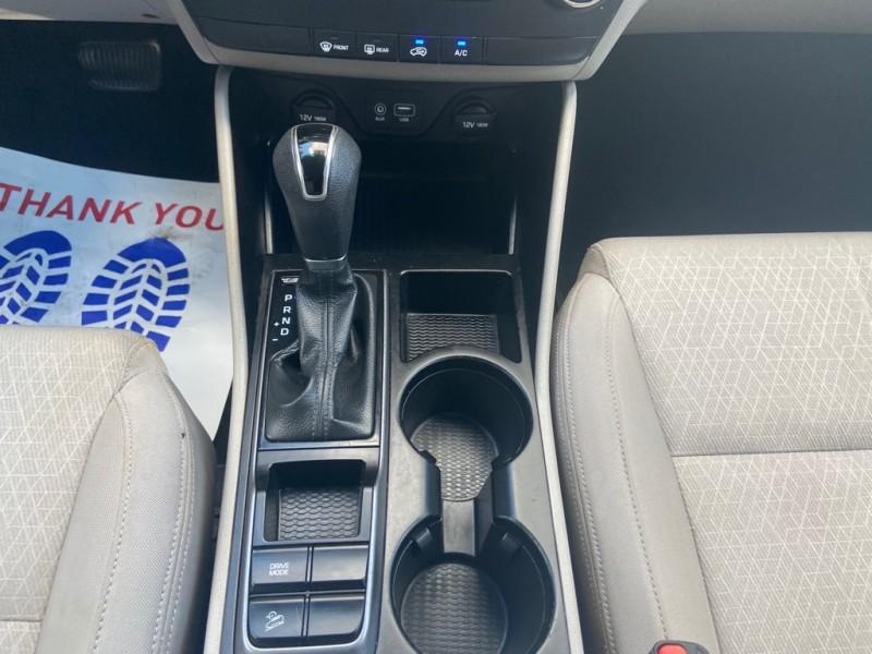 Hyundai Tucson 2016 price $14,995