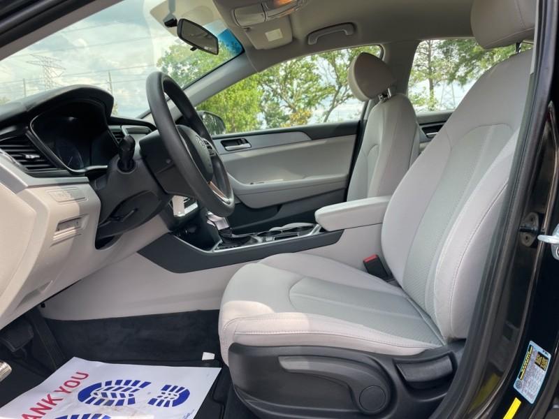 Hyundai Sonata 2018 price $17,995