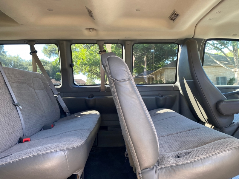 Chevrolet Express Passenger 2013 price $15,800