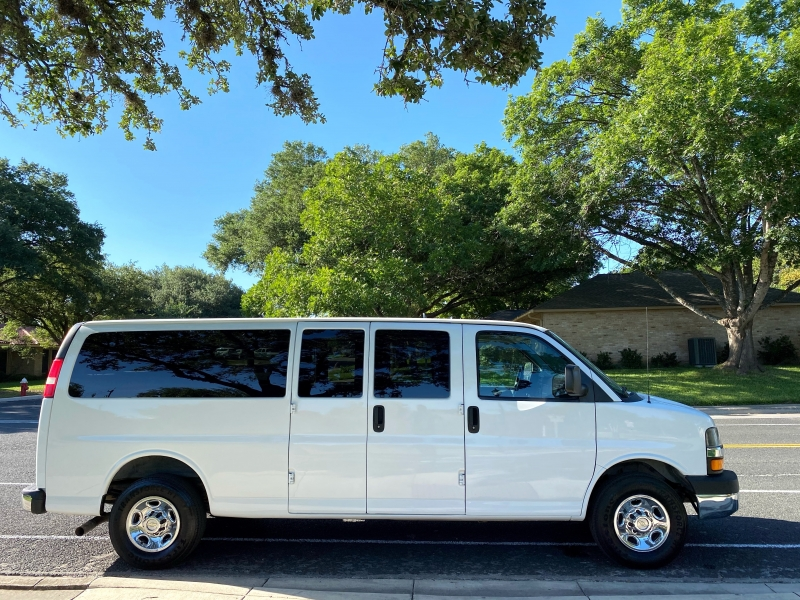 Chevrolet Express Passenger 2013 price $15,000