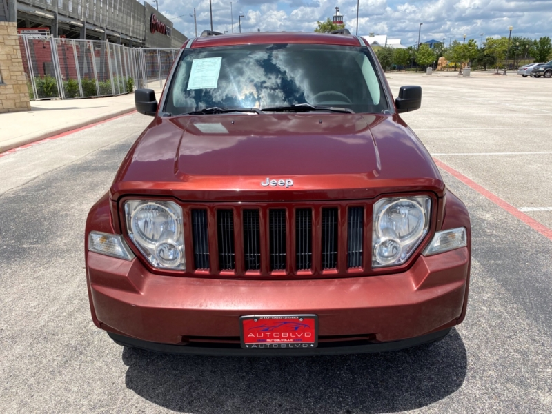 Jeep Liberty 2009 price $6,900