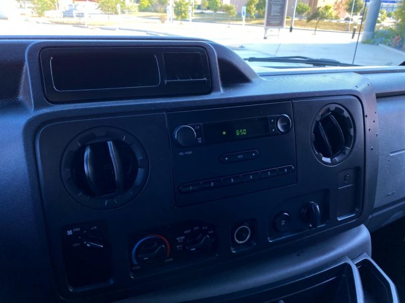 Ford Econoline Cargo Van 2011 price $12,997