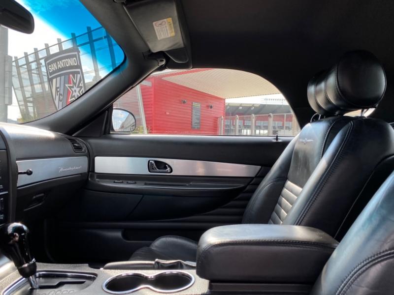Ford Thunderbird 2002 price $9,998