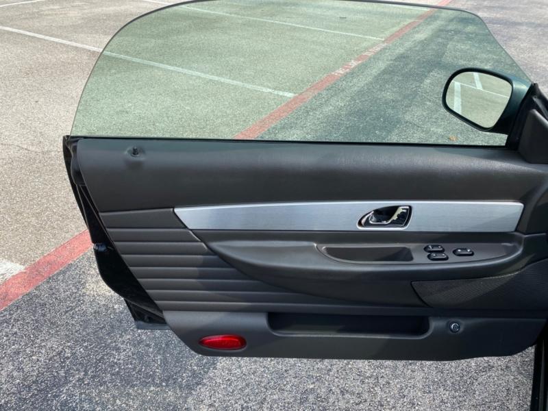 Ford Thunderbird 2002 price $10,500