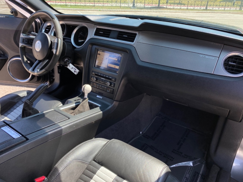 Ford Mustang 2011 price $29,897