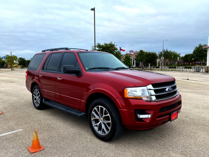 Ford Expedition 2016 price $18,477