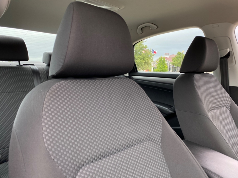 Volkswagen Passat 2014 price $8,400