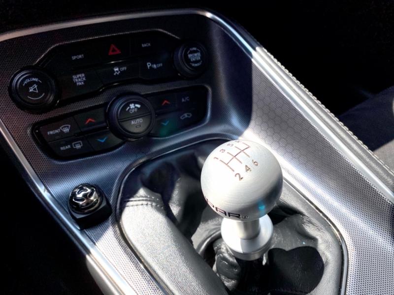 Dodge Challenger 2015 price $29,477