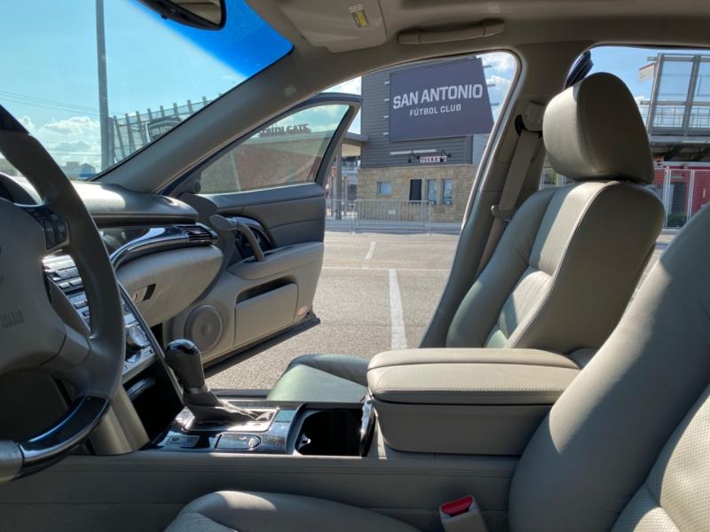 Acura RL 2011 price $13,400