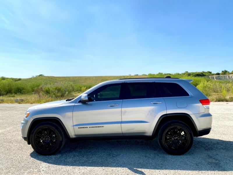 Jeep Grand Cherokee 2017 price $21,997