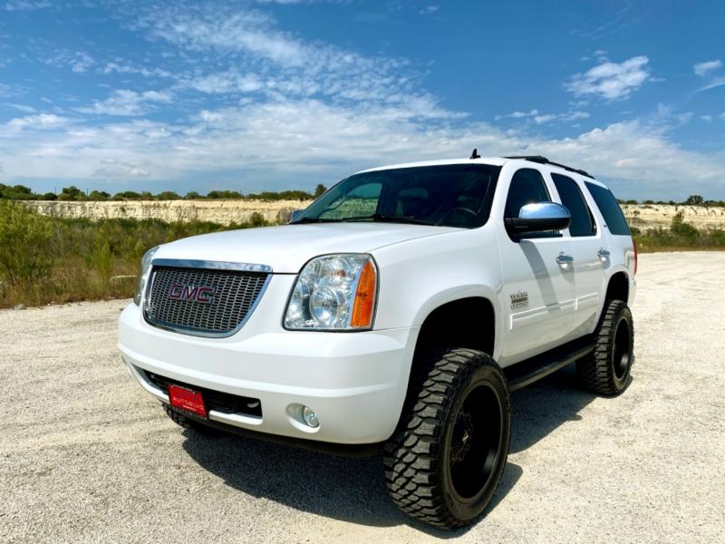 GMC Yukon 2014 price $21,997